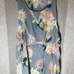 Floral tank top with cut out